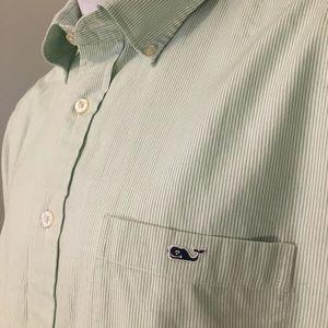 Great Vineyard Vines tucker L green stripe shirt